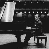 Famous pianist Vladimir Horowitz rehearsing