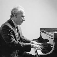 Maurizio Pollini playing
